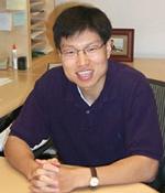 McGowan Institute faculty member Dr. Yadong Wang